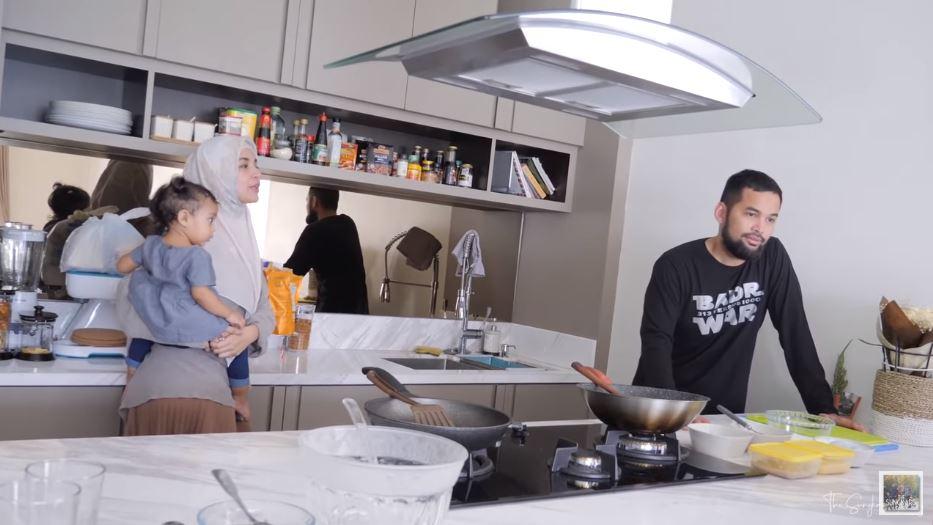 dapur cantik shireen sungkar teuku wisnu