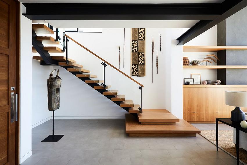 desain landing tangga tradisional