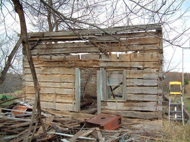 puing-puing rumah gubuk