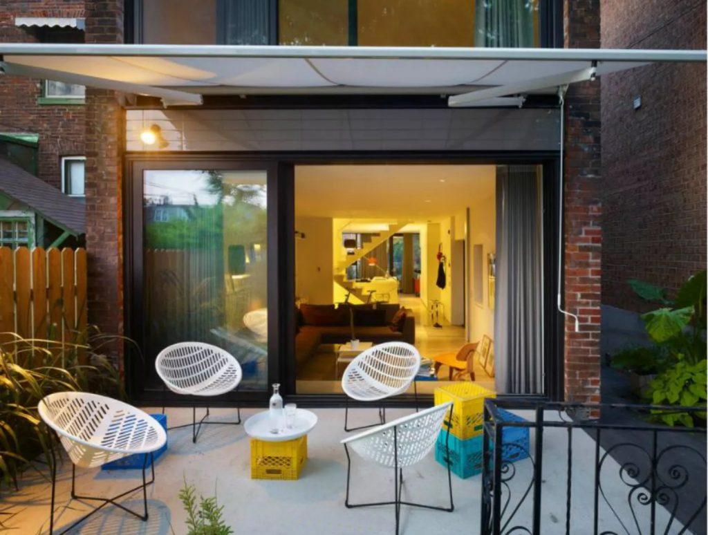 ruang tamu outdoor minimalis
