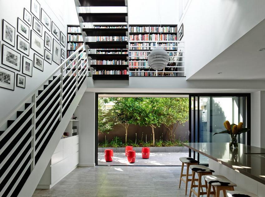 desain landing tangga jadi ruang baca