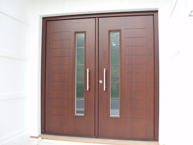pintu ganda modern