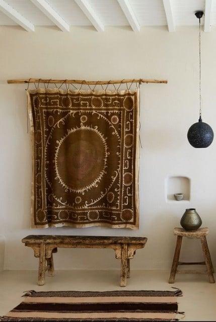 dekorasi dinding dari karpet