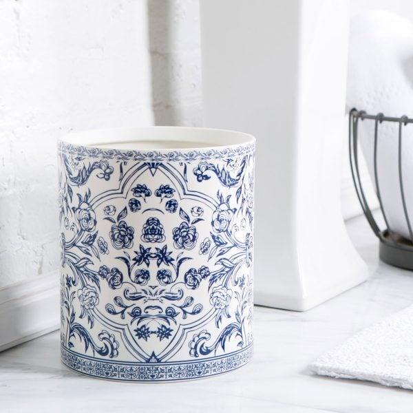 porselen sampah bernuansa oriental