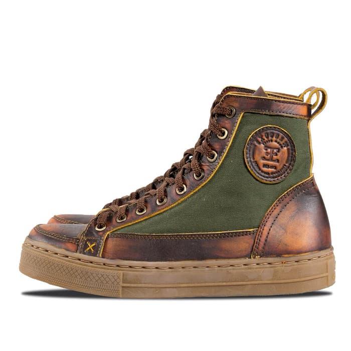 sepatu exodos57
