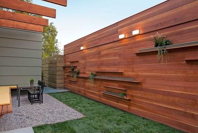 pagar dari kayu