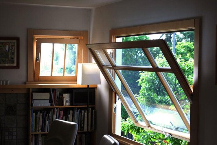Jendela Model Pivoted Window