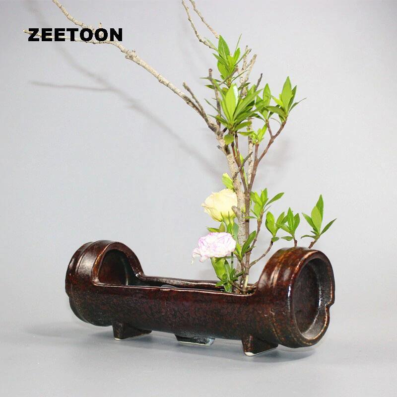 vas bunga dari bambu berkarakter
