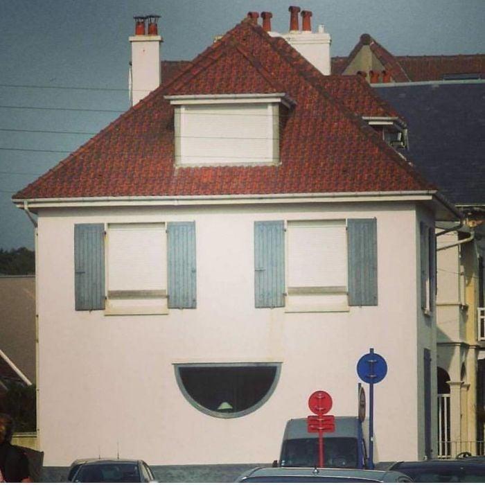 rumah jelek