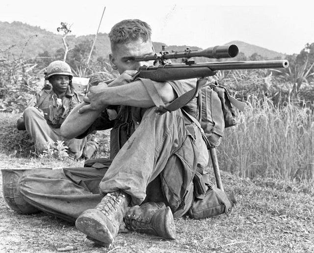 sniper jitu Carlos Hathcock