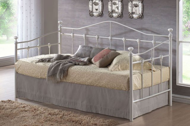 dipan daybed