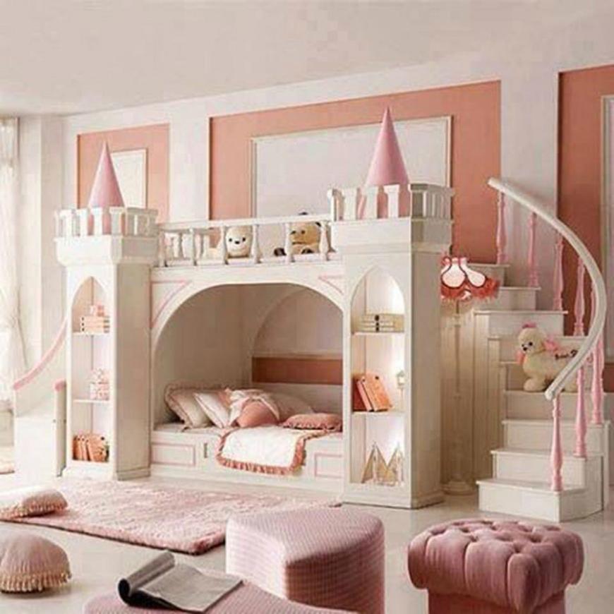 Kamar Anak Perempuan Bertema Kerajaan