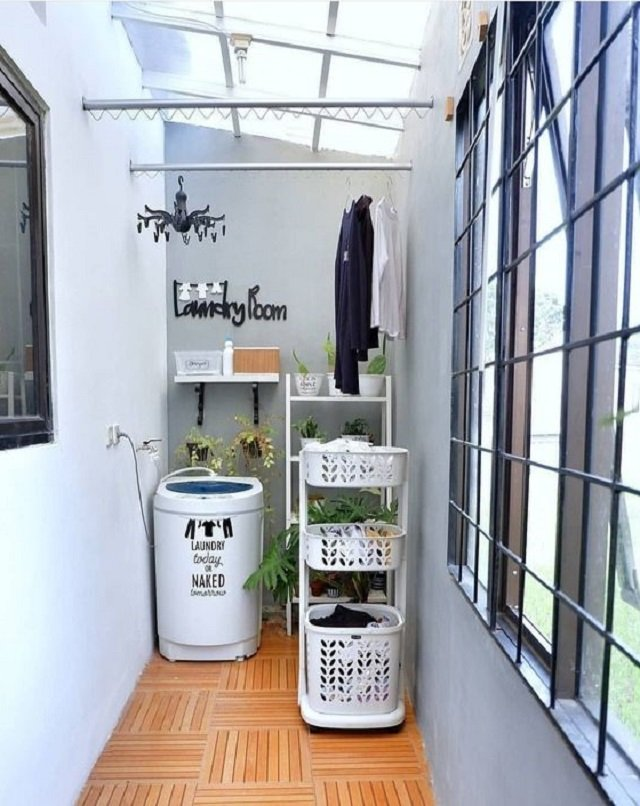 11 Ide Desain Taman Belakang Rumah Sempit Cantik & Keren