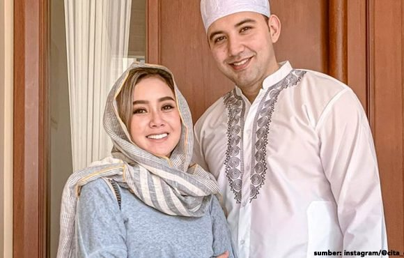 artis mualaf ramadan pertama