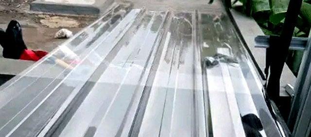 atap transparan