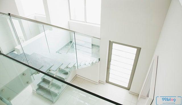 balkon dalam rumah