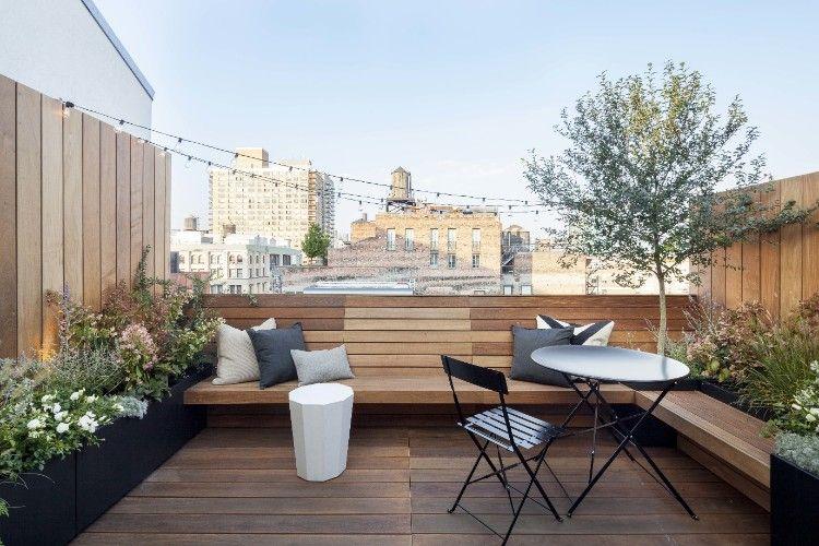 balkon minimalis kayu elegan kursi meja hitam