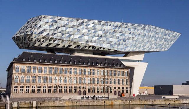 7 Bangunan Indah yang Mendunia Ini Karya Arsitek Wanita, Lho!