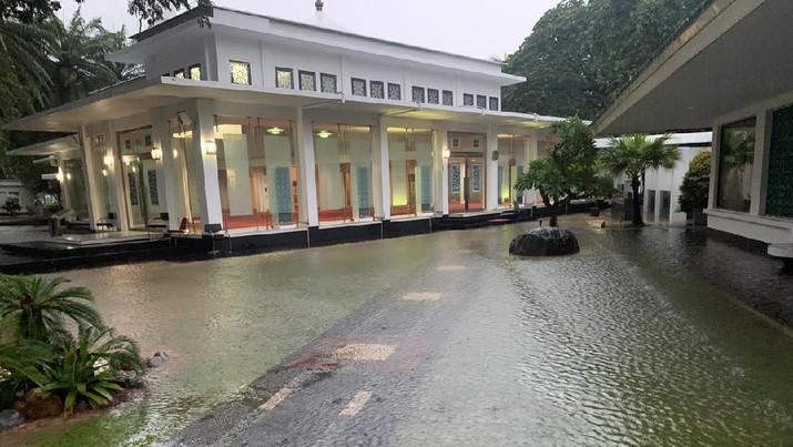 banjir istana kepresidenan
