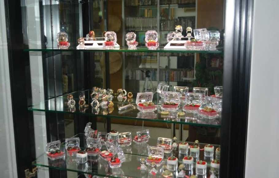 koleksi akik rumah budaya fadli zon