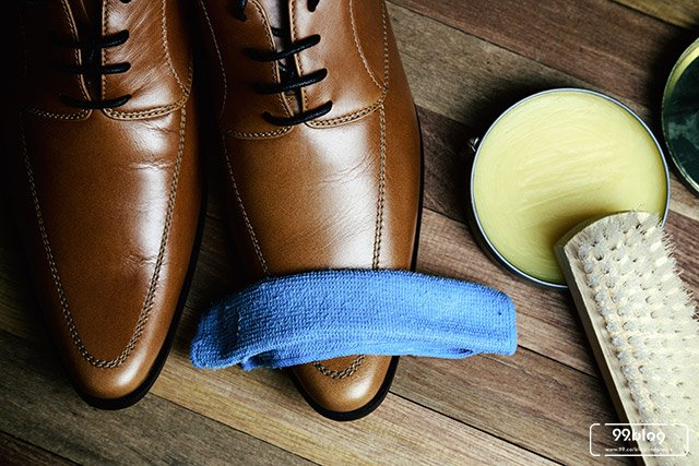 7 Cara Merawat Sepatu Kulit Agar Tidak Pecah Bau Mudah 100