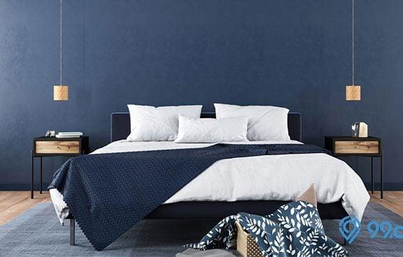 cat kamar warna biru