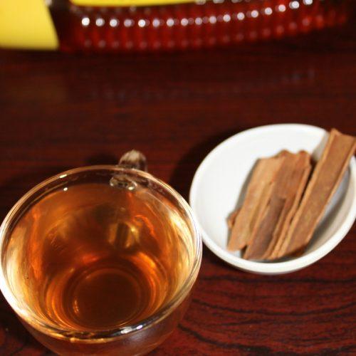 cara membasmi belatung dengan air kayu manis