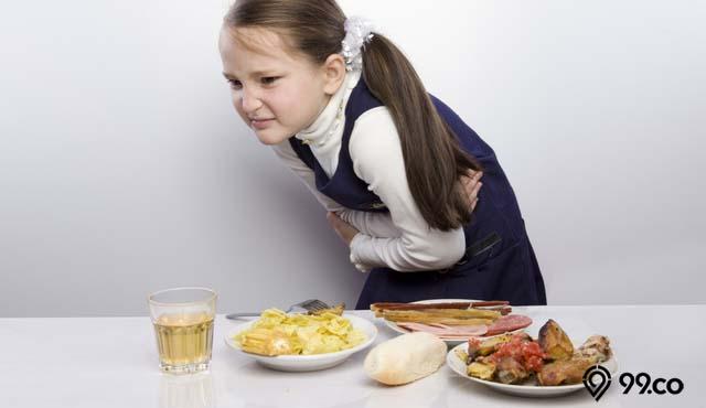 ciri ciri keracunan makanan