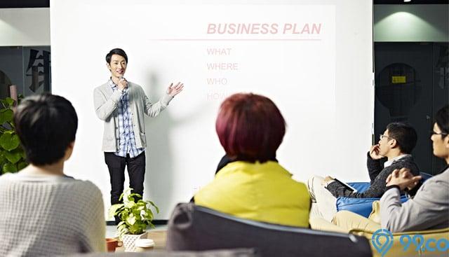 4 Contoh Proposal Usaha yang Baik dan Benar untuk Gaet Calon Investor. Lengkap!
