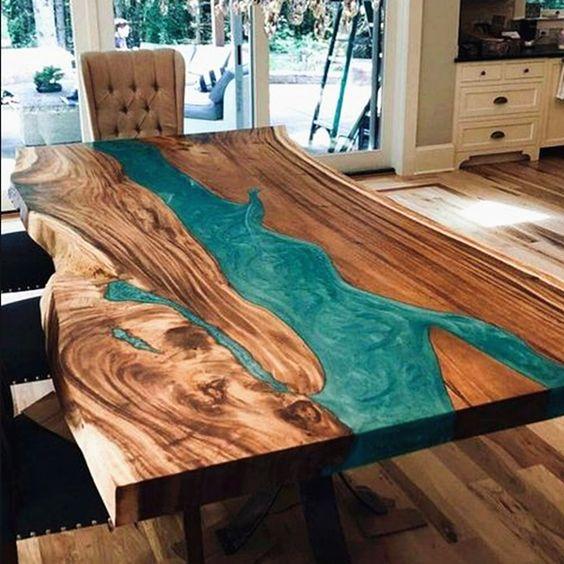 meja unik motif sungai