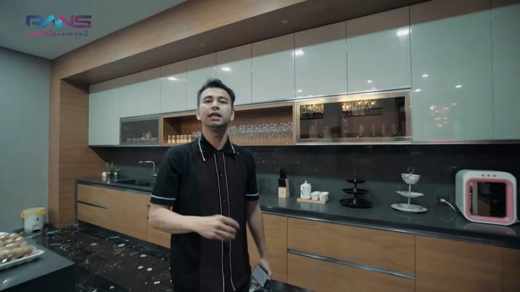 dapur yang sangat mewah
