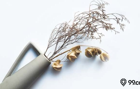 dekorasi daun kering