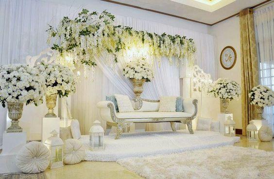 dekorasi interior pelaminan cantik