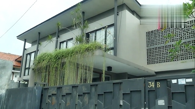 fasad rumah Masayu Anastasia