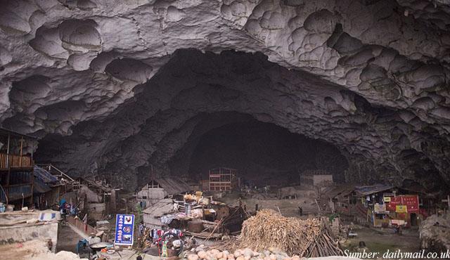 desa unik dalam gua
