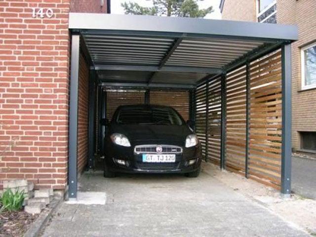 model carport rumah dengan aksen garis