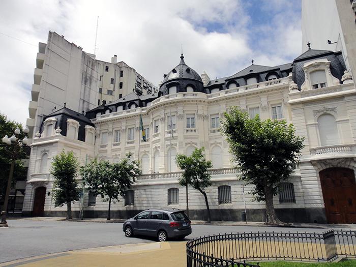 desain gedung kedutaan besar