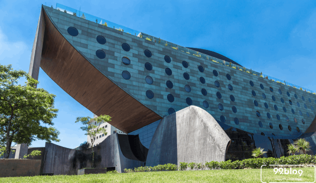 desain hotel unik