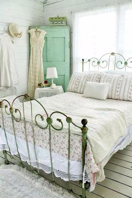 desain kamar klasik