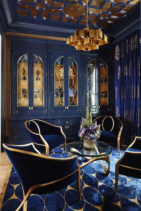 desain ruang tamu klasik biru