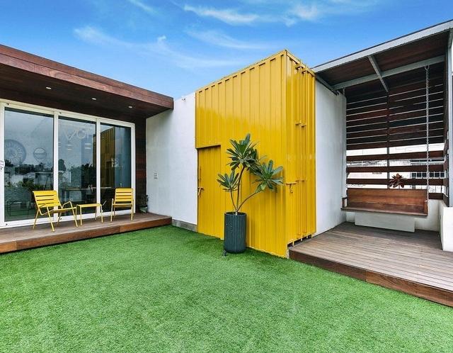 model teras rumah masa kini kuning