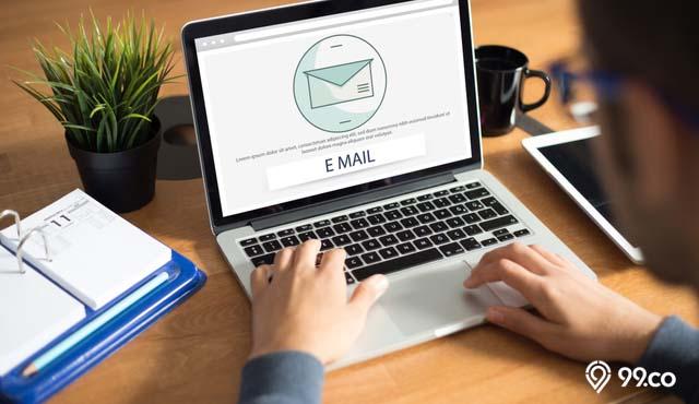 9 Etika Mengirim Email yang Perlu Diingat | Jangan Sampai Miskomunikasi!