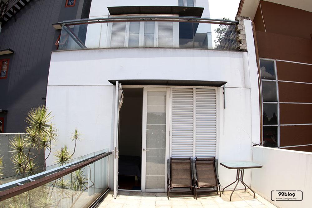 balkon unit loft white cliff house