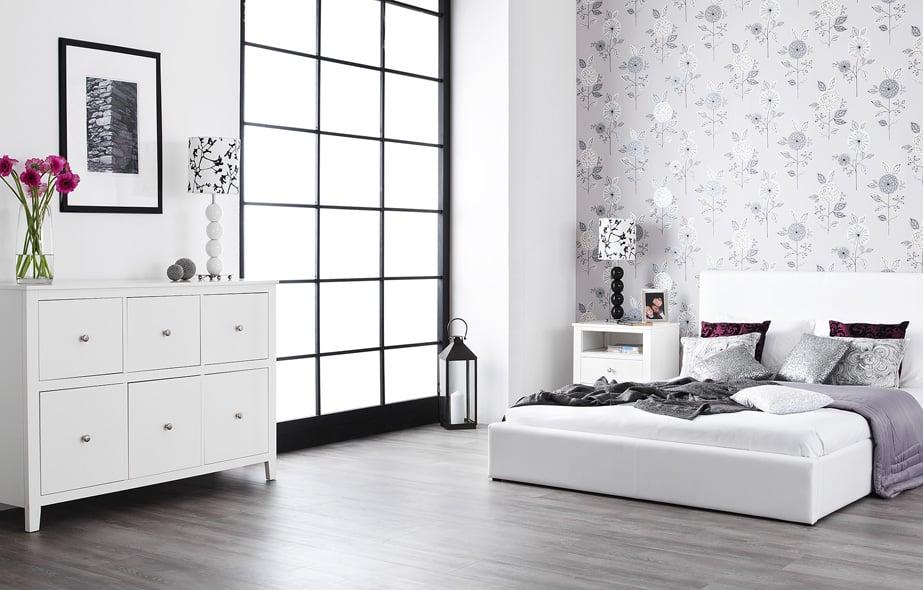 furnitur putih