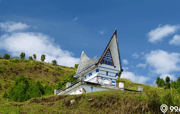 gambar gereja di indonesia