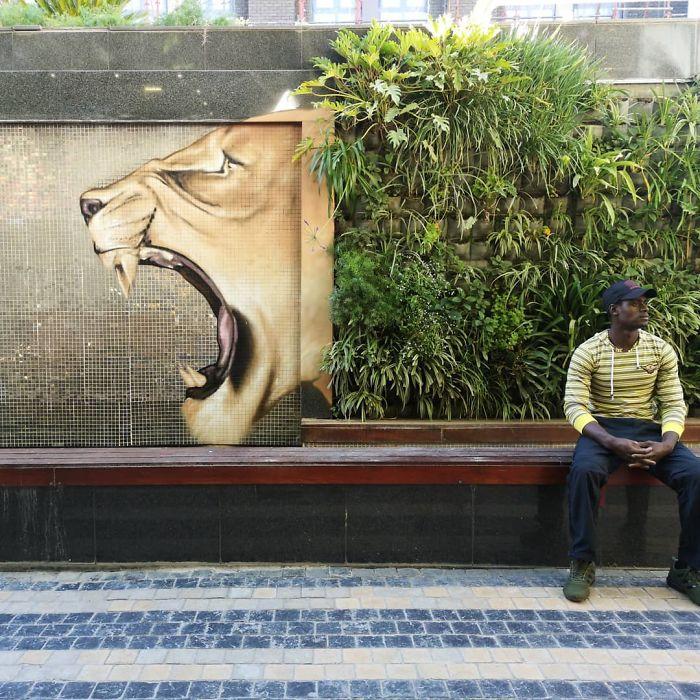gambar grafiti singa