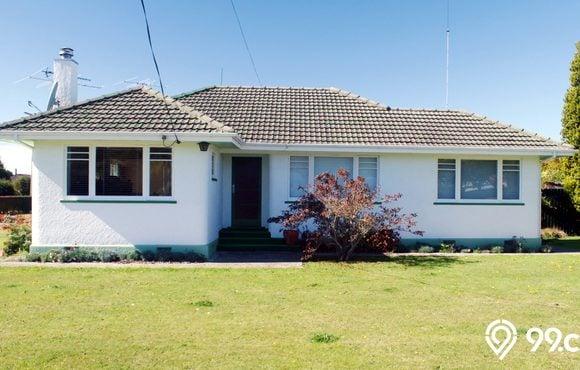 gambar rumah bewarna putih