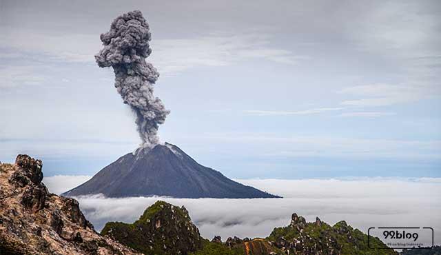 gunung api di indonesia
