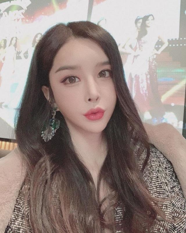 artis korea transgender