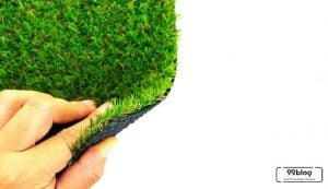 cara merawat rumput sintetis